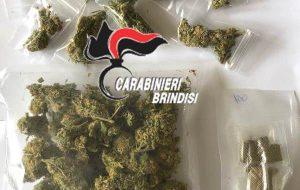 Rinvenuti all'interno di una cabina dell'Enel 89 grammi tra hashish e marijuana