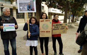 "Si torna in piazza per ""Fridays For Future Brindisi"""