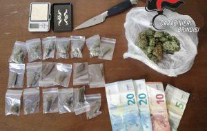 Controlli nella movida: 19enne beccato con hashish e marijuana