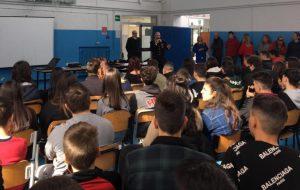 """Cultura della legalità: i Carabinieri incontrano gli studenti dell'Istituto Alberghiero """"Agostinelli"""" di Ceglie Messapica"""