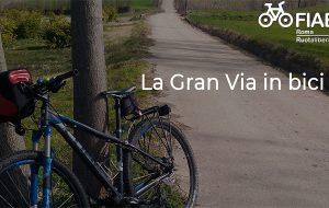 Da Roma a Brindisi in bicicletta percorrendo l'Appia: un ciclotour per riscoprire il più importante asse viario dell'antichità