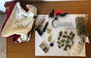 Nella movida brindisina per vendere erba: arrestato minorenne