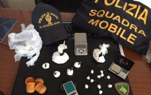 Droga nell'autofficina: arrestato 35enne