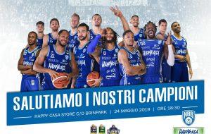 New Basket Brindisi: oggi pomeriggio la squadra saluta i tifosi all'Happy Casa Store