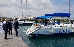 Barca confiscata recuperata per attività di vela solidale: presentata la nuova edizione di Conoscersi in regata