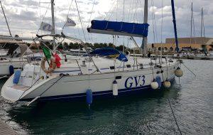 Una barca confiscata alla criminalità diventa simbolo della vela solidale