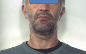 Faida familiare a San Donaci: zio tenta di uccidere nipote con un piccone