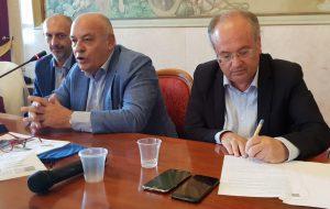 """Il presidente Rossi ha sottoscritto il Documento di Intenti """"Contratto di Fiume/Canale Reale"""" proposto dalla Regione Puglia"""
