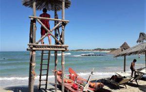 Il personale di Torre Guaceto salva sei bagnanti in mezz'ora