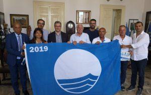 Ostuni: consegnate le Bandiere Blu ai sette lidi virtuosi