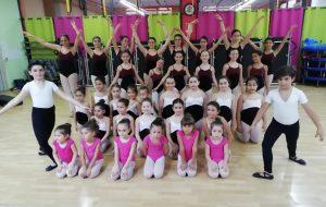 Four Art Academy: una scuola di danza classica che spazia anche nel contemporaneo e nel moderno. Saggio finale domani sera