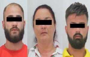 Tentano di ucciderlo perché ha una relazione con la moglie di un detenuto: tre arresti