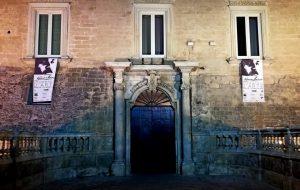 """A Castello Imperiali la retrospettiva """"Massimo de Gironimo – Frammenti d'arte"""""""