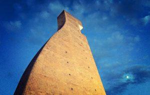 """Anche a Brindisi la mostra """"Sta Come Torre"""": dal 5 al 30 Agosto al Monumento al Marinaio d'Italia"""