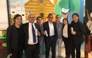 Plastic Free: il Comune di Villa Castelli acquista centinaia di borracce per studenti