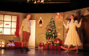 """Famiglie a teatro: il 26 dicembre al Verdi c'è """"La bottega dei giocattoli"""""""