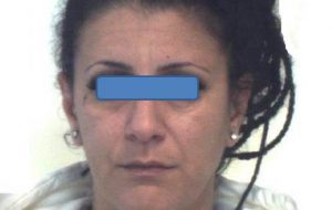 In auto con 77 grammi di coca: arrestata 38enne