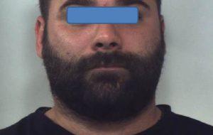 """Rapinò il negozio """"Bolle di Sapone"""": incastrato dal DNA dopo un anno di indagini"""