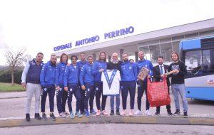 Il Brindisi FC in visita al reparto di pediatria dell'Ospedale Perrino