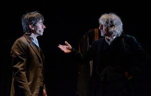 Dracula: la discesa negli inferi di Lo Cascio e Rubini al Nuovo Teatro Verdi