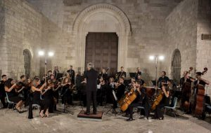 Ostuni saluta l'anno nuovo con la musica dell'Orchestra Filarmonica Pugliese