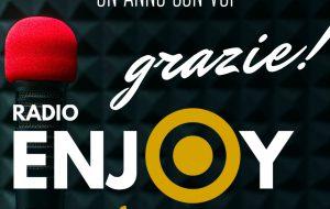 Radio Enjoy festeggia un anno di attività