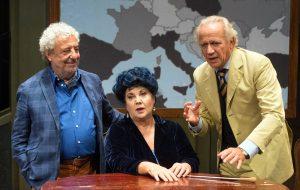 Così parlò Bellavista: il cult di De Crescenzo in scena al Nuovo Teatro Verdi
