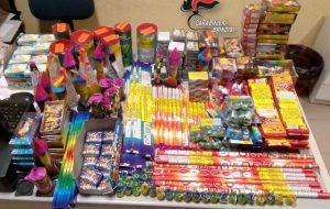 Mette in vendita 15 Kg di fuochi d'artficio senza autorizzazione: denunciata negoziante cinese