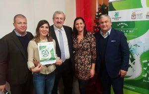 """San Michele Salentino riceve il premio """"Comuni Ricicloni Puglia"""""""
