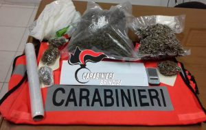 "San Michele Salentino: deteneva in casa ""marijuana"" e ""cocaina"". Arrestato."