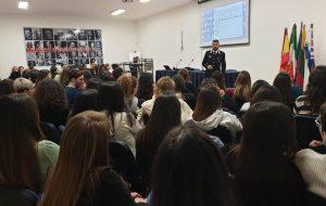 """I Carabinieri incontrano gli studenti del Liceo Classico """"V. Lilla"""""""