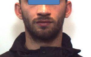 Operazione Bronx: arrestato albanese, denunciati un uomo ed una donna per detenzione di armi