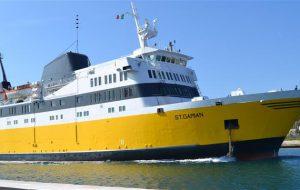 Rifiuti illegali sul traghetto Brindisi-Valona: sei arresti