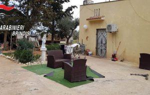 In casa avevano oggetti rubati in una villa di Brindisi: denunciate due persone