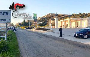 Fermato senza patente dichiara il falso ai Carabinieri: denunciato