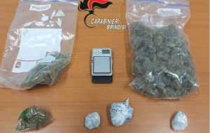 Deteneva in casa 129 grammi di marijuana: arrestato 24enne