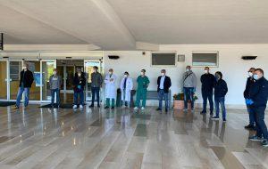 I lavoratori del Petrolchimico di Brindisi donano due ecografi polmonari all'Ospedale Perrino