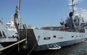 Contrabbando di sigarette e cialis: arrestati cinque militari