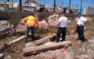 Rifiuti speciali: la Guardia Costiera sequestra 8 traversine ferroviarie