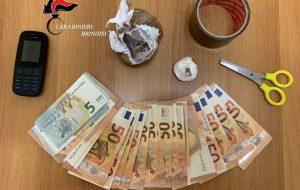 In auto con 200 grammi di eroina, 12 di cocaina e 1.210 € in contanti 61enne arrestato per spaccio