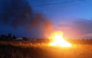 Brucia rifiuti alle porte di Sant'Elia: denunciato 60enne