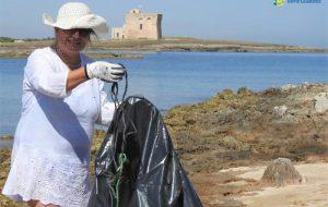 Sportivi per il mare pulito: associazioni al lavoro a Torre Guaceto