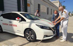 Consegnata alla Capitaneria di Porto di Brindisi la nuova autovettura full electric