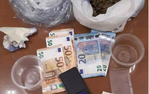 In casa 260 grammi di marijuana: arrestata una coppia di San Michele Salentino