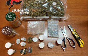 Nascondono nel cestello della lavatrice oltre mezzo Kg di marijuana: in manette coppia di Mesagne