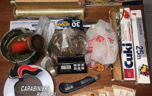 In casa 84 grammi di marijuana: arrestato
