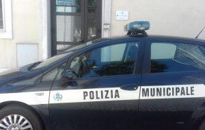 Stretta della Polizia Locale sulle norme anti-covid: scattano le sanzioni a San Michele Salentino