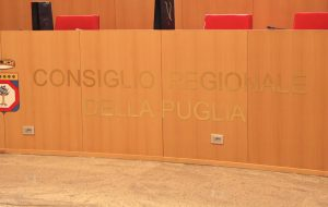 Avviata l'undicesima legislatura del Consiglio Regionale pugliese: Loredana Capone nominata Presidente; Fitto non ci sarà: si è dimesso