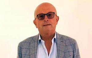 Vaccini Day a Brindisi: il primo a vaccinarsi sarà Arturo Oliva, il presidente dell'Ordine dei medici