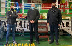 Boxe Iaia Brindisi per il sociale, consegnati alla Caritas Parrocchiale i beni della Colletta Alimentare promossa dal maestro Carmine Iaia